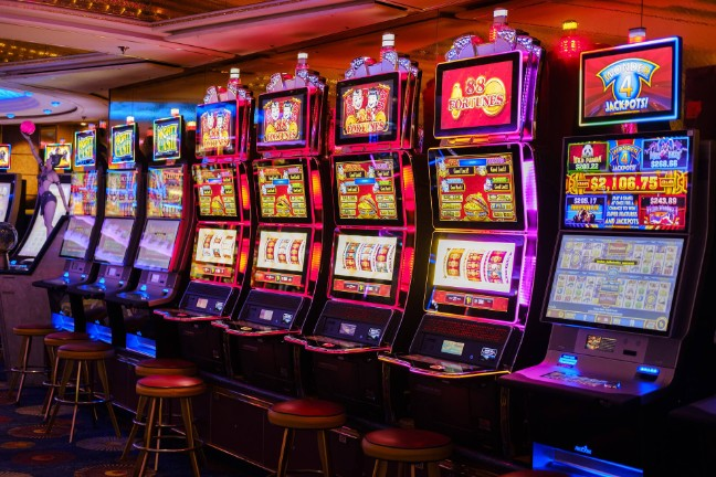 Six Guidelines About Gambling Meant To Be Broken